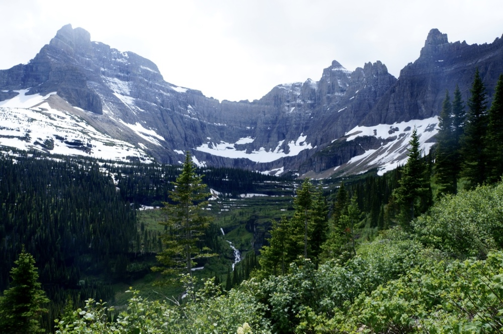 glacier national park iceberg lake hiking trail3.jpg