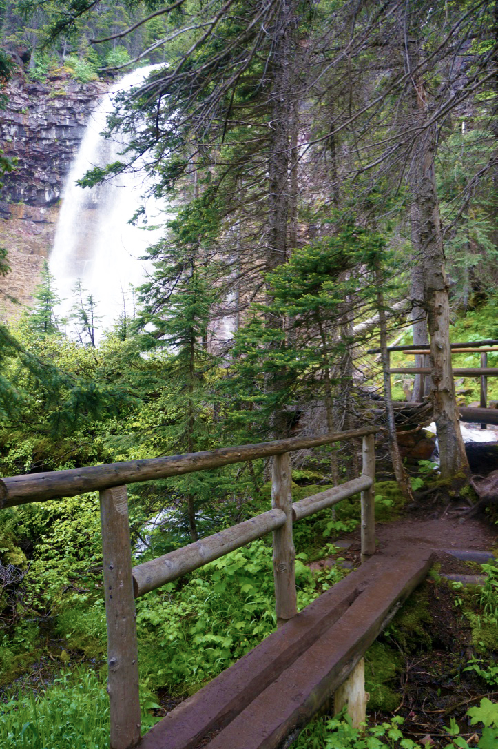 glacier national park st marys lake hiking trail virginia falls2.jpg