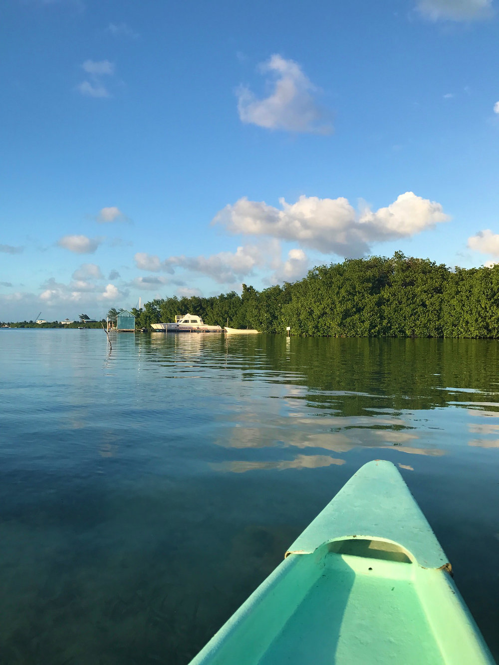 Caye Caulker Belize kayak | Sapphire & Elm Travel Co.