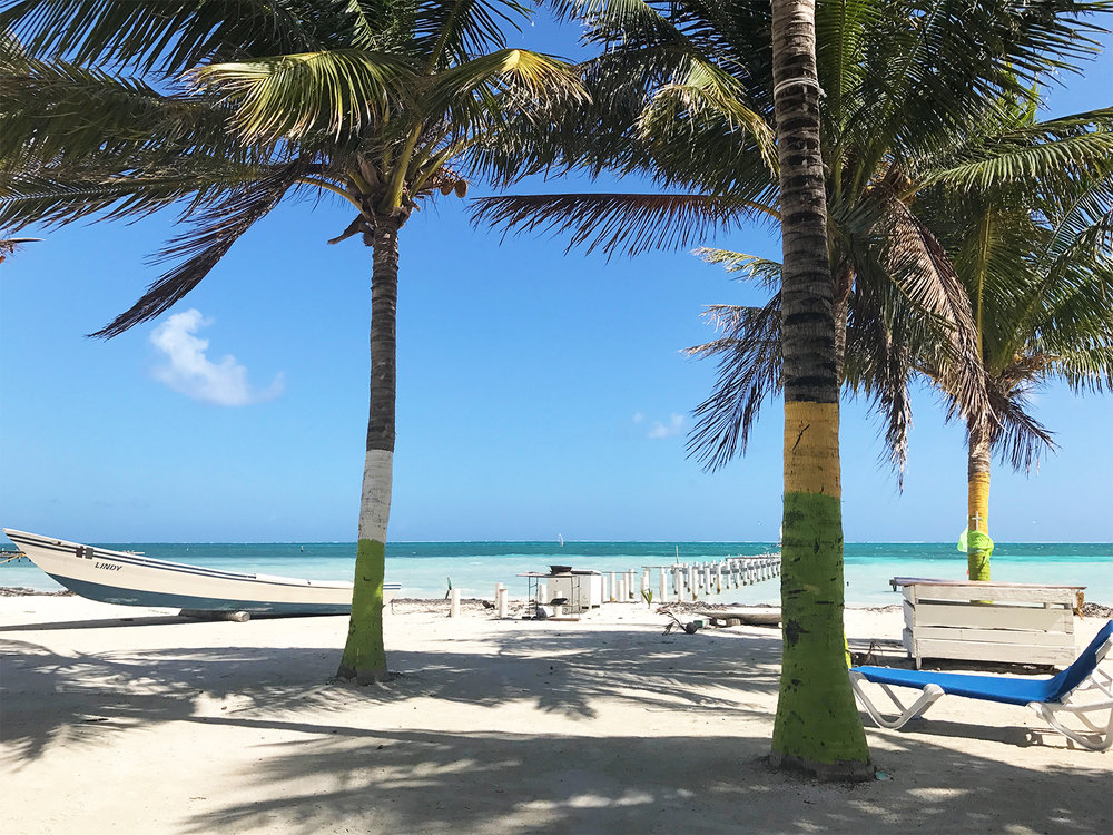 Caye Caulker Belize beach | Sapphire & Elm Travel Co.