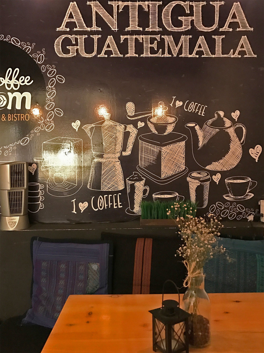 Cafe Bloom Antigua Guatemala Cafe