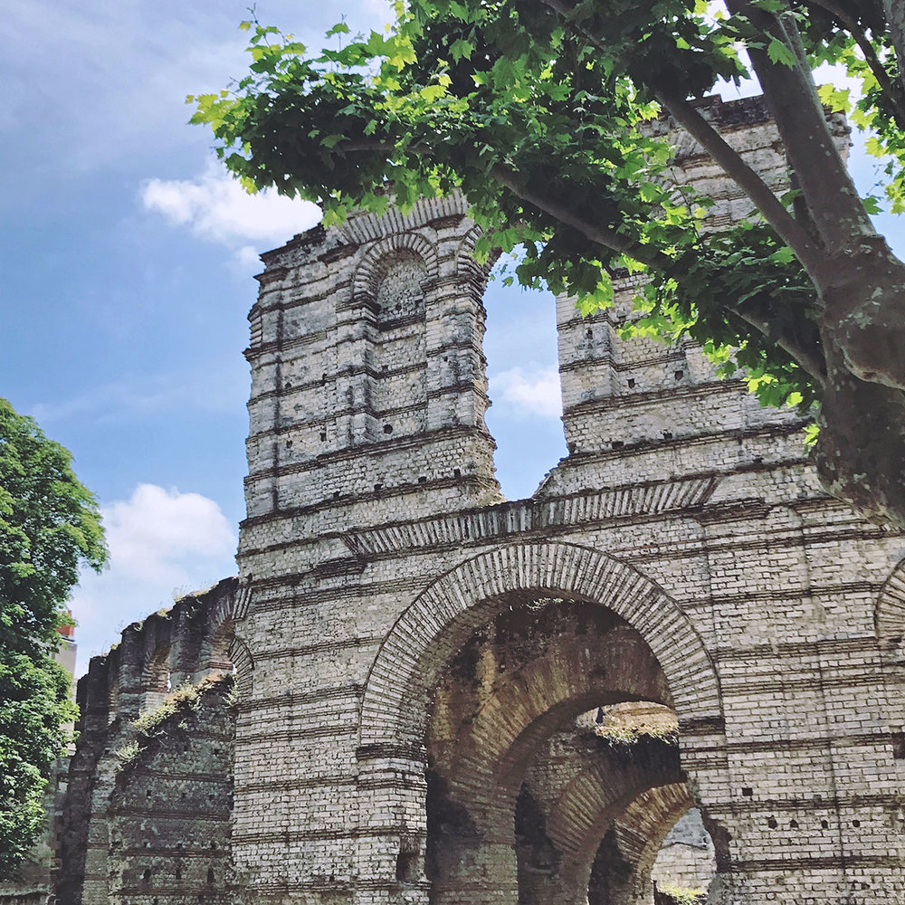 Bordeaux-roman-ruins.jpg