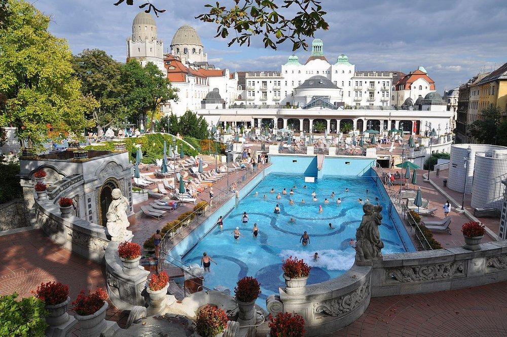 Budapest_Gellért_Bath.jpg