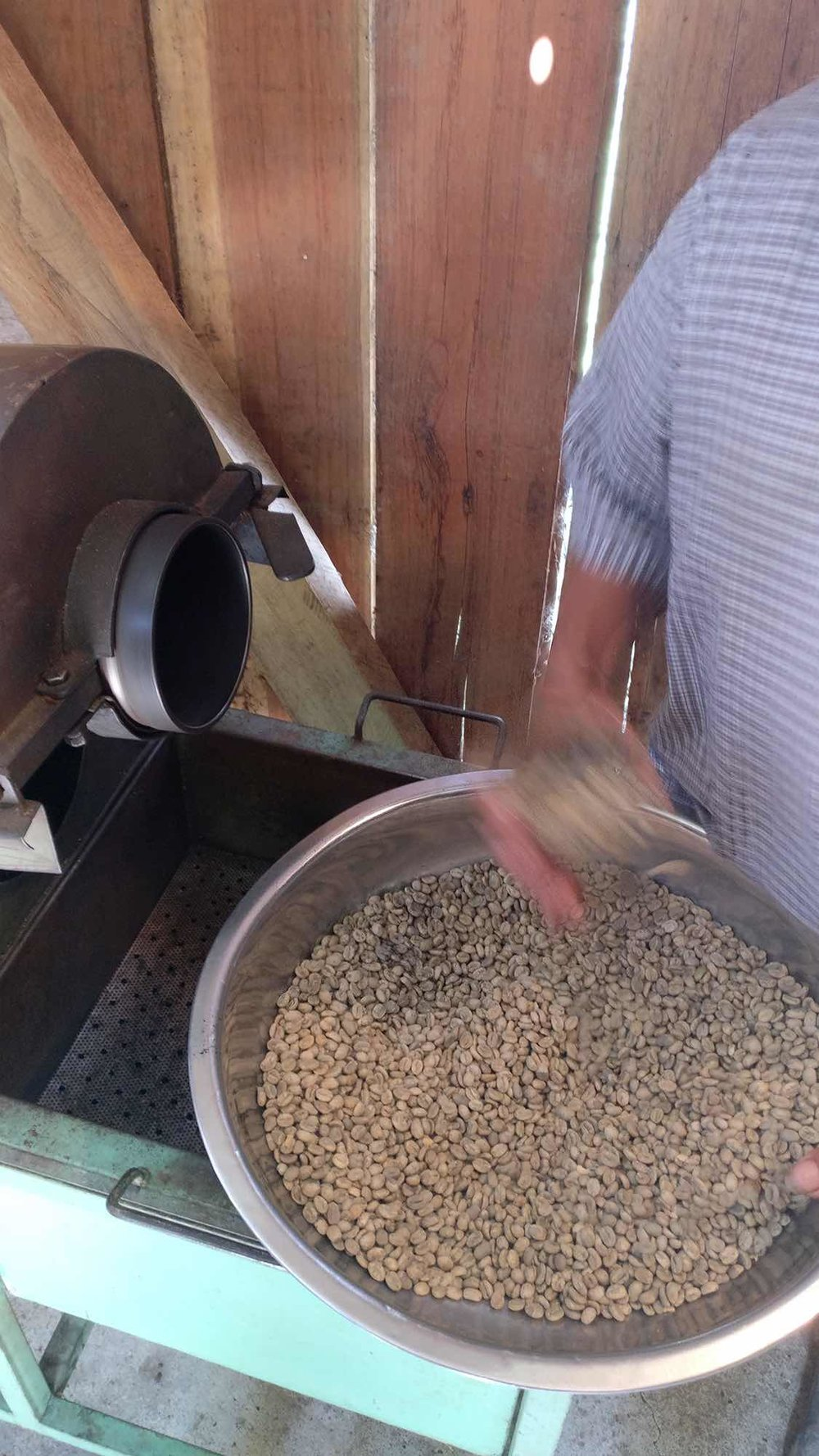 Roasting coffee in Pijao, Colombia