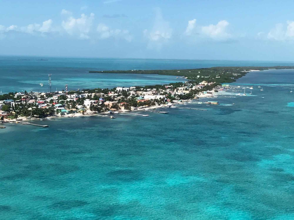 Caye Caulker from above | Flying to the Great Blue Hole