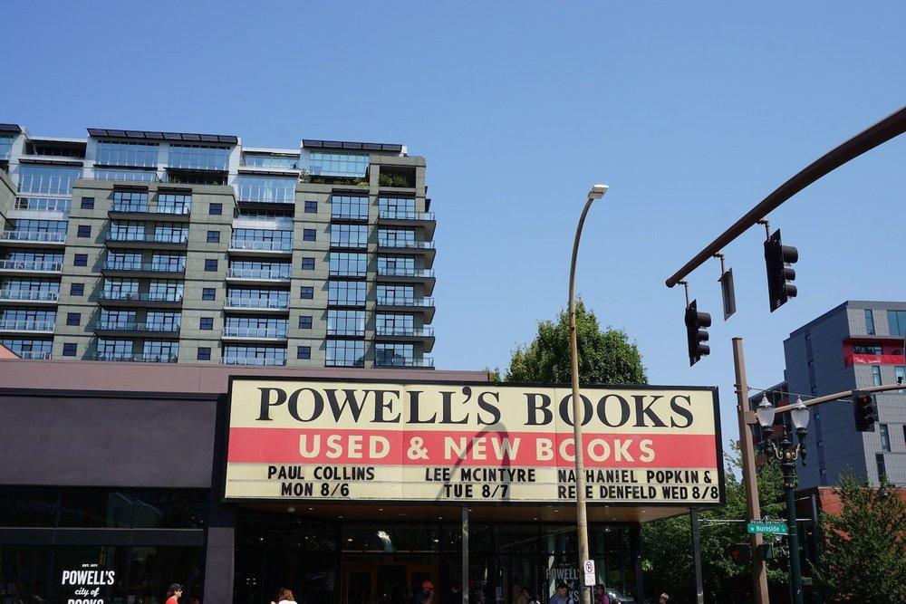 Powells Bookstory Portland Oregon