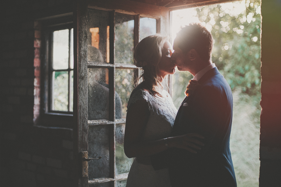 golden hour wedding photos.jpg