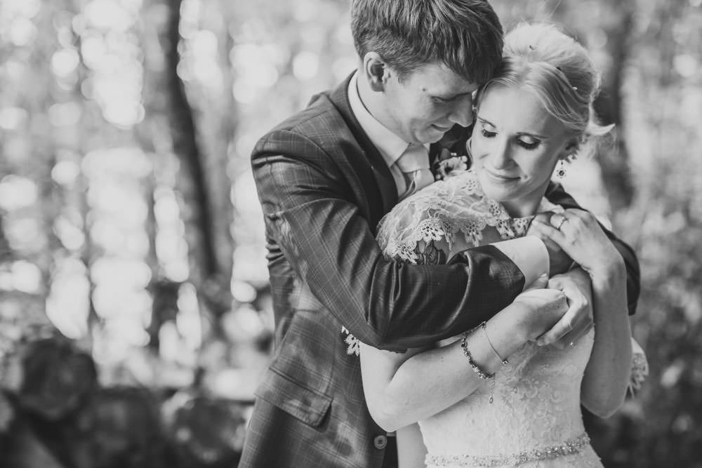 Cool alternative wedding photos