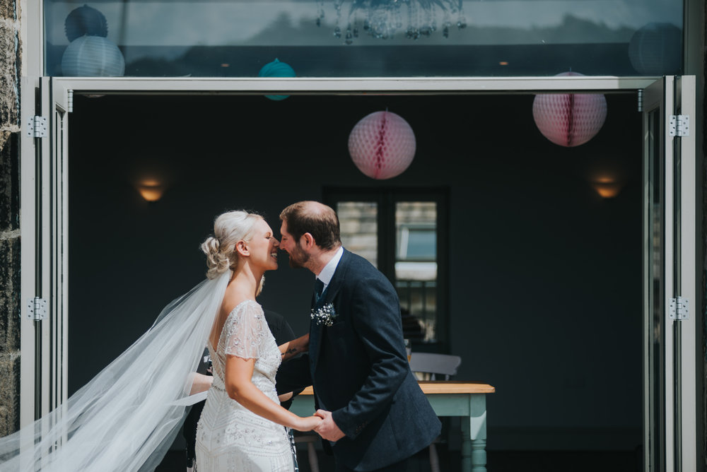 alternative wedding photographer sussex