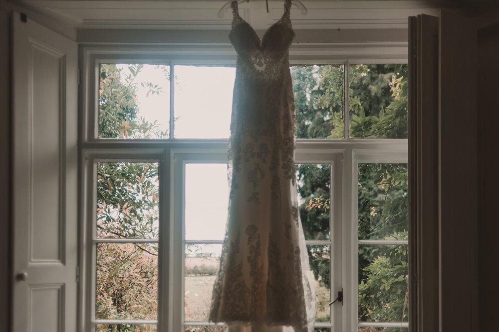 Herefordshire-barn-wedding-highlights-021.jpg