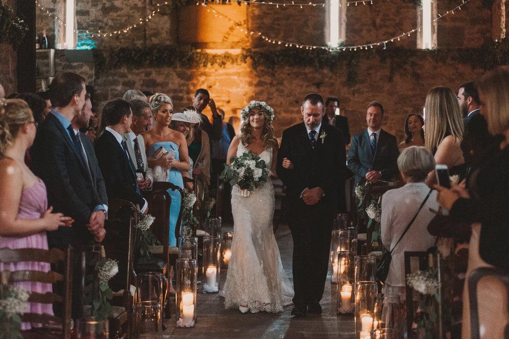 Herefordshire-barn-wedding-highlights-037.jpg