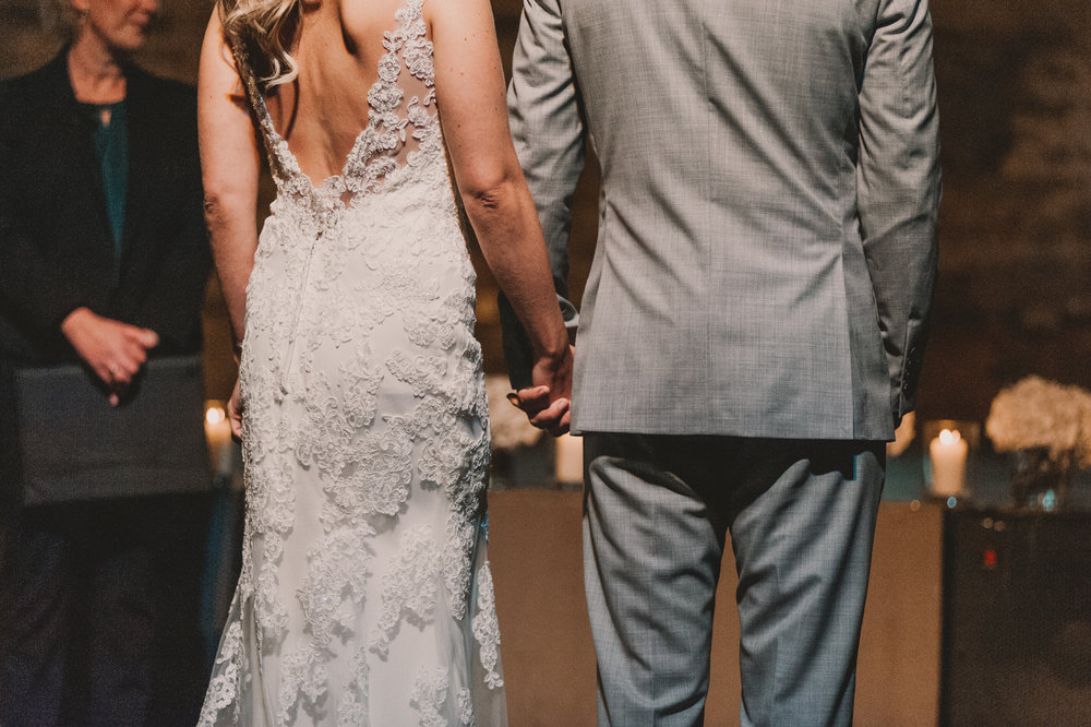 Herefordshire-barn-wedding-highlights-045.jpg
