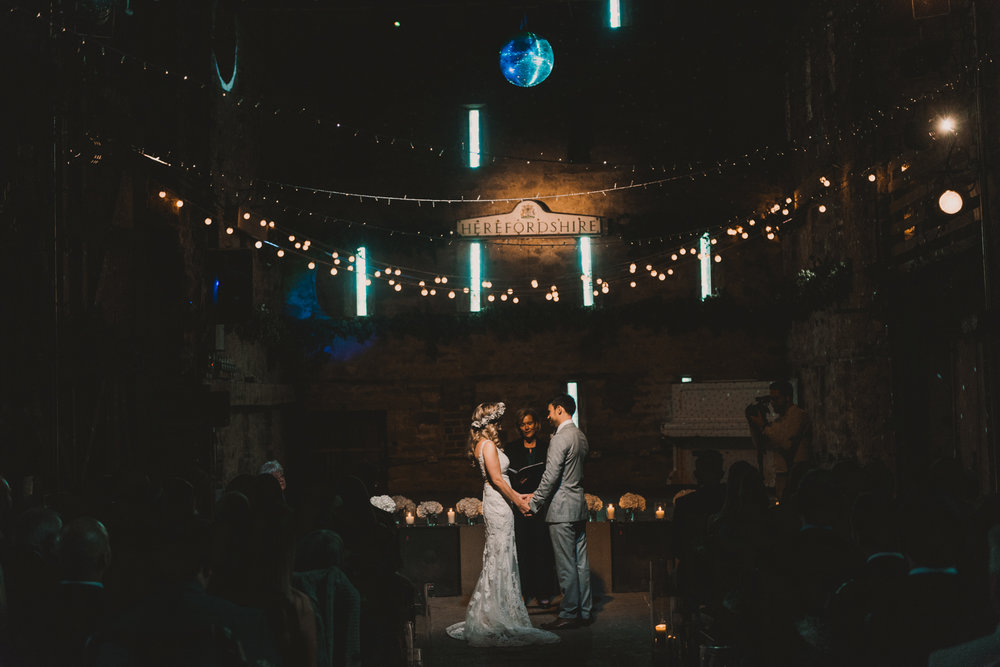 Herefordshire-barn-wedding-highlights-048.jpg