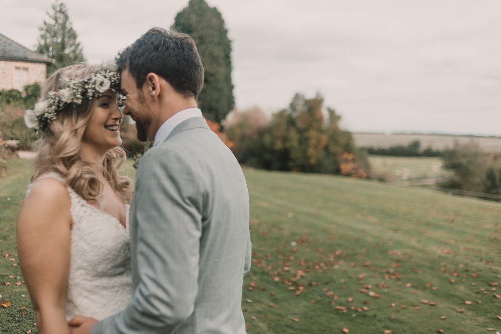 Herefordshire-barn-wedding-highlights-082.jpg