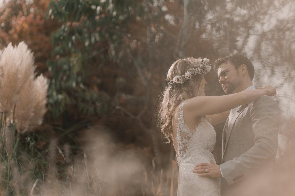 Herefordshire-barn-wedding-highlights-090.jpg