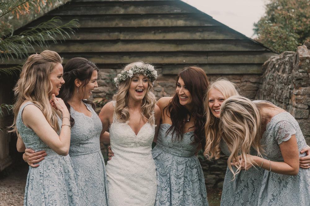 Herefordshire-barn-wedding-highlights-104.jpg
