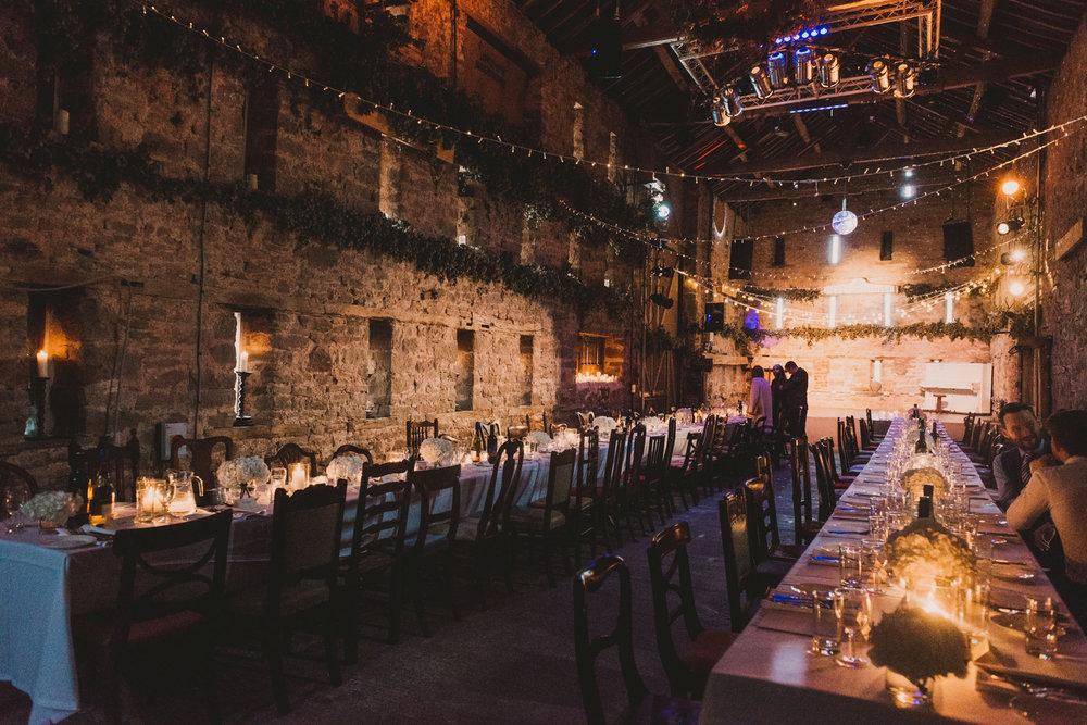 Herefordshire-barn-wedding-highlights-105.jpg