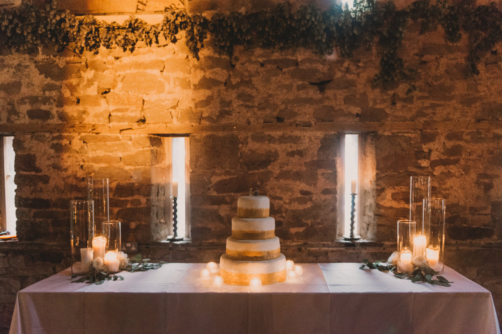 Herefordshire-barn-wedding-highlights-114.jpg