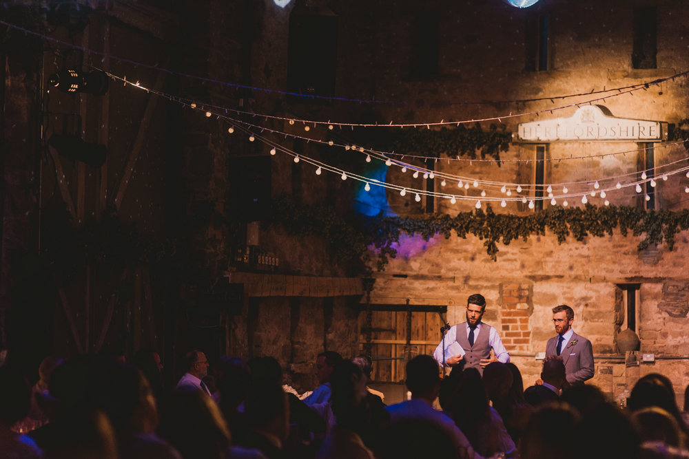 Herefordshire-barn-wedding-highlights-131.jpg