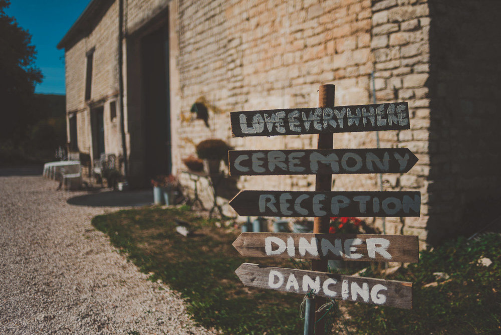 Getting-Married-in-France-Photography