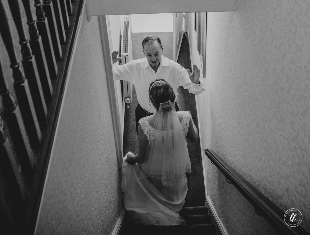 dads first look wedding photography