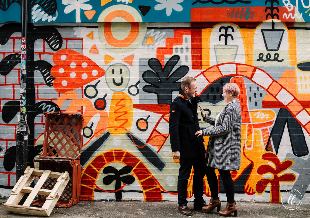 couple shoot-northern quarter-graffiti