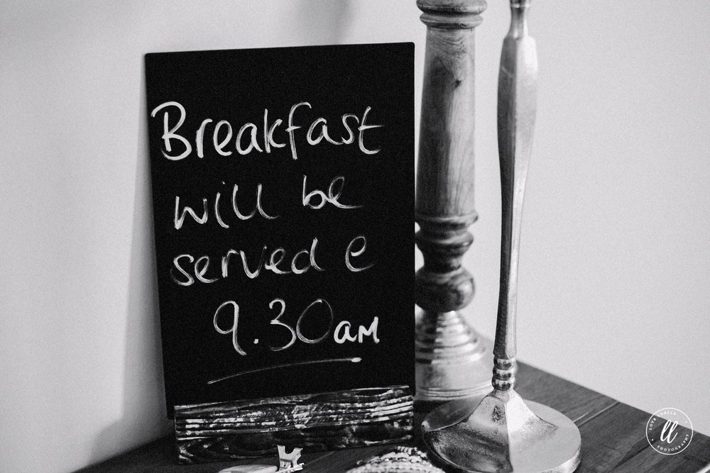 Breakfast Timings Sign