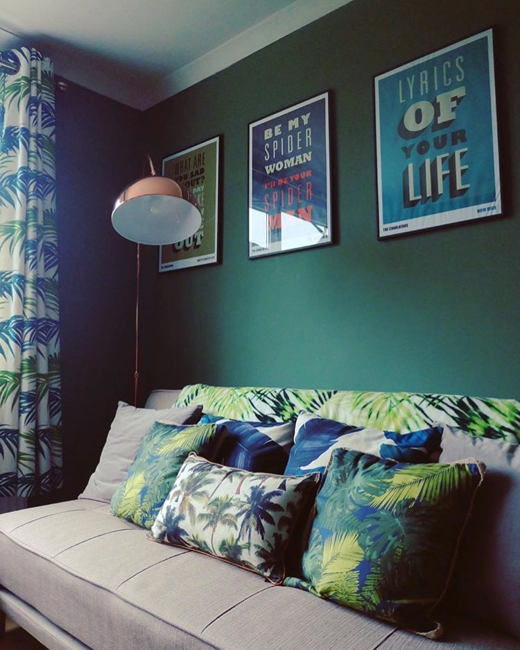 Green tropical living room