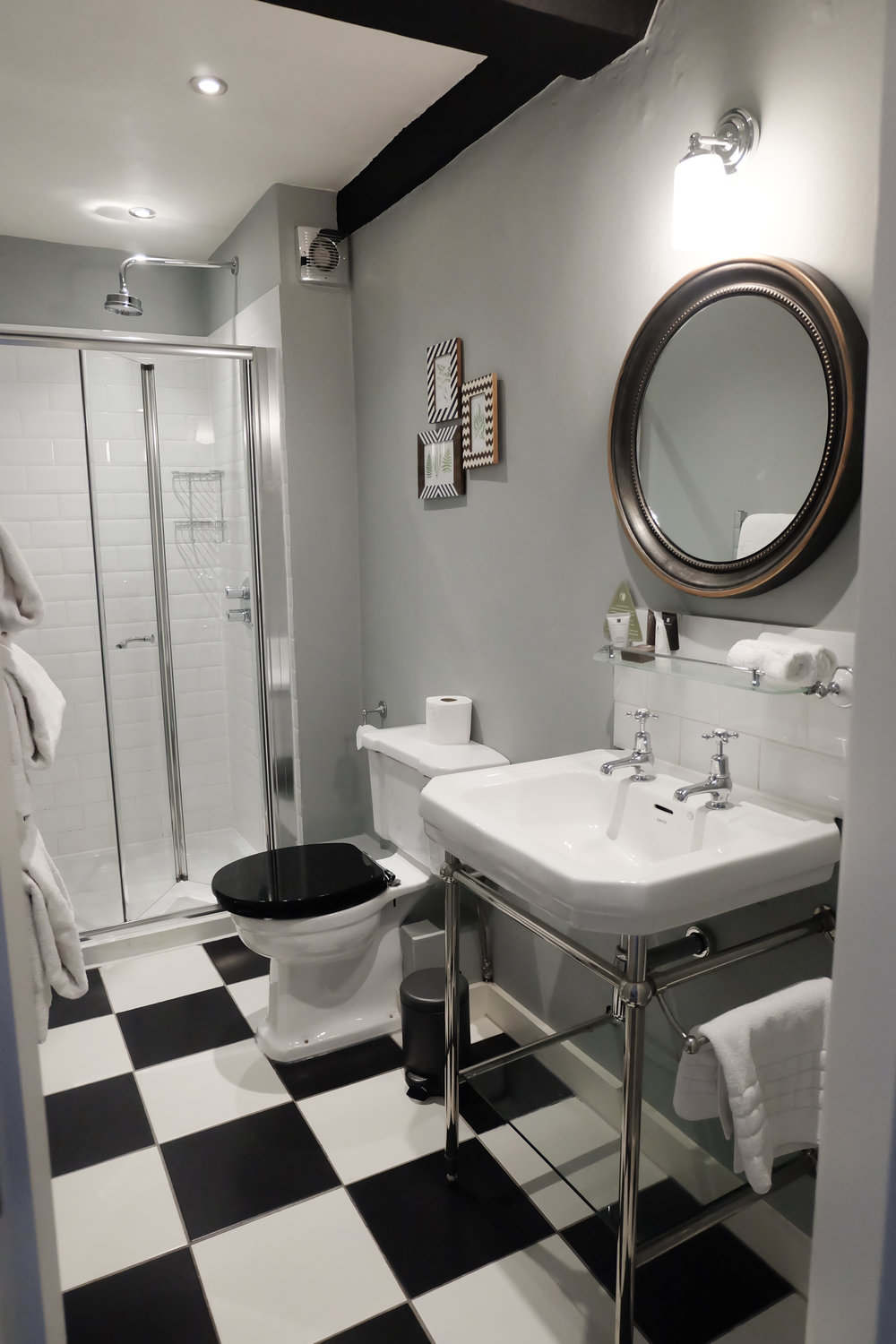 The Townhouse Stratford Bathroom