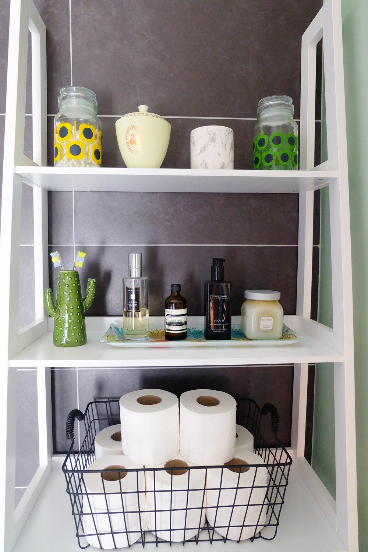 Scandi bathroom shelves