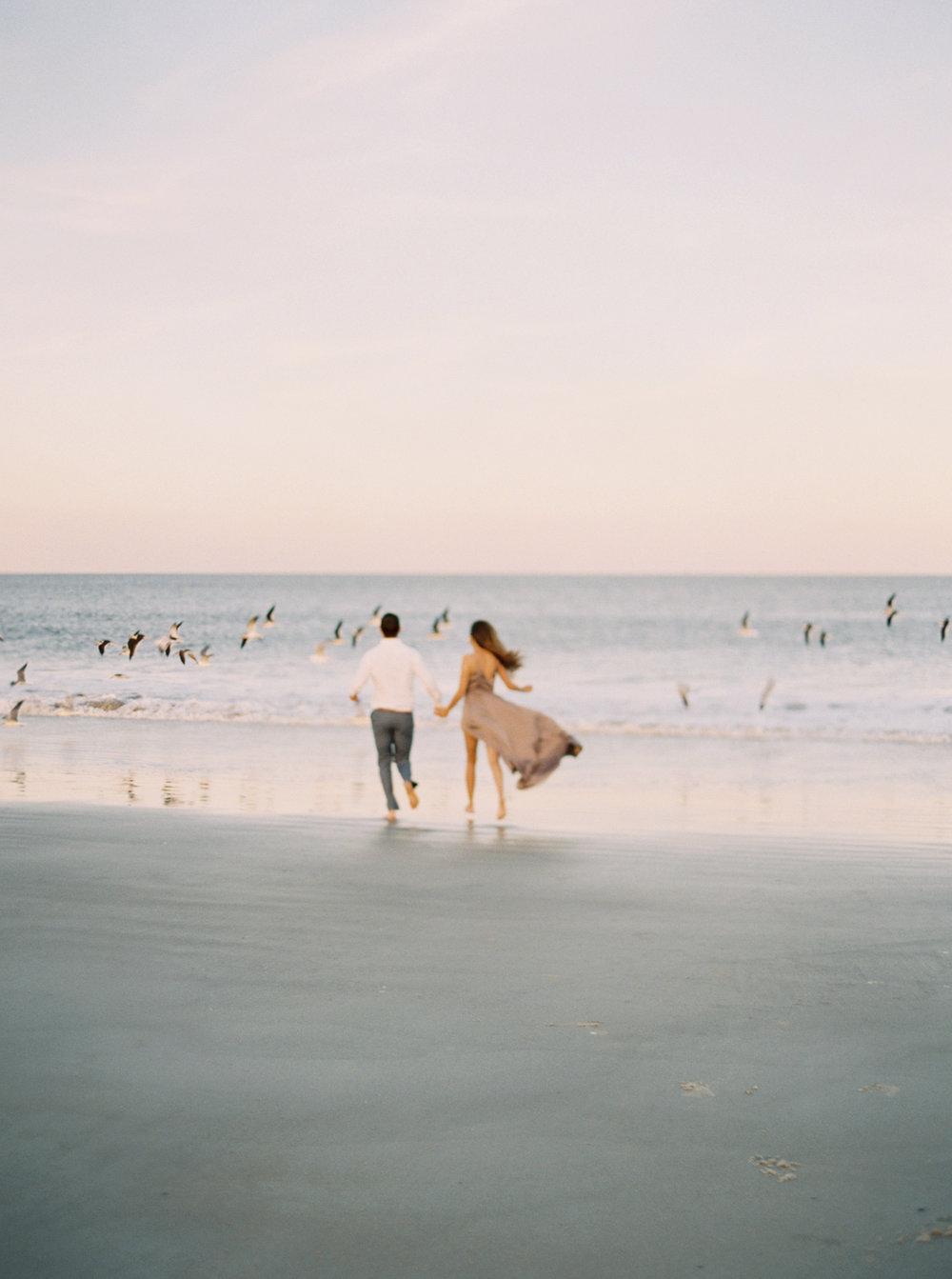 Beach+engagement+session+30A+photographer.jpg