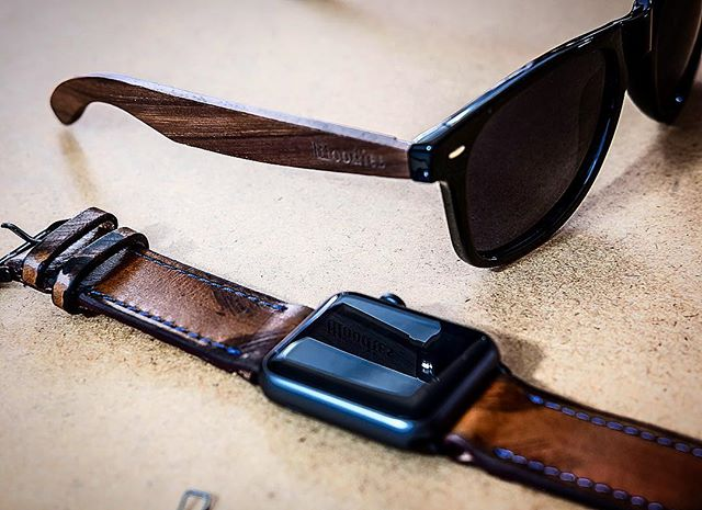 Complimentary vibes with @woodies x @strapley 😎⌚️ #woodies #strapley #apple #applewatch #handmade #leather
