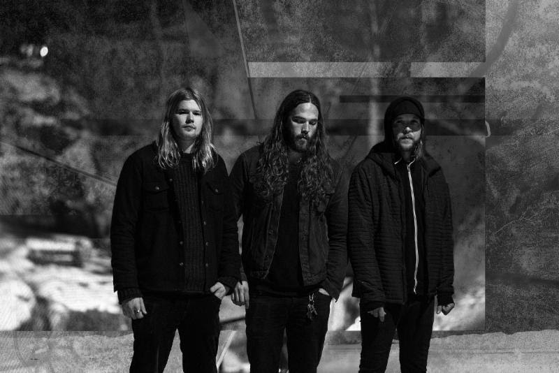 """Pelagic Records is pleased to welcome SÂVER -- a new project featuring Ole Christian Helstad, Ole Ulvik Rokseth, and Markus Støle of Norway doom outfits Tombstones and Hymn -- to their expanding roster of engrossing bands.  """"The idea of starting SÂVER was a consequence of ending something,"""" comments Helstad.""""In the beginning, it was a good mix of loss, in a way, and the excitement of a blank canvas.In hindsight, we shared a feeling of longing for an escape, getting away from the known, and immersing ourselves into something completely different... which is scary and exciting at the same time. It mirrors the band both in a literary sense, as well as the general mood during the writing process.""""  Self-described as,""""heavy, spaced out darkness out of Oslo,"""" SÂVER 's debut album, They Came With Sunlight , will see release in early 2019. An album of sublime heaviness, shimmering moogs, fiery vocals, and a gnarly bass tone, fans of bands like Breach, The Old Wind, and Cult Of Luna, pay heed.   Until then, check out a SÂVER teaser at   THIS LOCATION   .    http://www.facebook.com/saveroslo    http://pelagic-records.com   http://www.facebook.com/pelagicrecords   http://www.instagram.com/pelagic_records"""