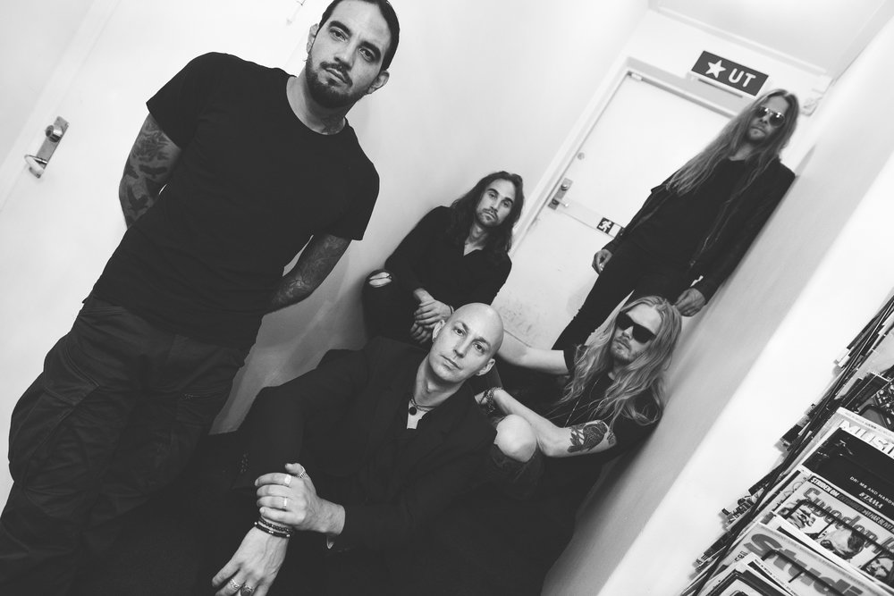 SOEN:  Joel Ekelöf – vocals Martin Lopez – drums Lars Åhlund – keys, guitar Stefan Stenberg – bass Cody Ford – lead guitar   SOEN's  Lotus  will be released on CD, LP, and digital formats. For preorders go to    THIS LOCATION   .    Upcoming Tour Dates:    SOEN w/Wheel, Ghost Iris:  3/12/2019 John Dee – Oslo, NO  3/13/2019 Stengade  –  Copenhagen, DK  3/14/2019 Logo – Hamburg, DE 3/15/2019 Roadrunner – Berlin, DE 3/16/2019 Colos Saal – Aschaffenburg, DE 3/17/2019 Club Cann – Stuttgart, DE 3/19/2019 Backstage Werk – Munich, DE 3/20/2019 Kultopia – Hanau, DE 3/21/2019 Helios – Cologne, DE 3/22/2019 De Effenaar Prognois Festival– Eindhoven, NL 3/25/2019 O2 Academy Islington – London, UK 3/27/2019 L'amperage – Grenoble, FR 3/28/2019 Salamandra – Barelona, ES 3/29/2019 Caracol – Madrid, ES 3/30/2019 Hard Club – Porto, PT 3/31/2019 RCA – Lisbon, PT 4/02/2019 Backstage – Paris, FR 4/03/2019 Z7 – Pratteln, CH 4/04/2019 Legent Club – Milano, IT 4/05/2019 Orion Ciampino – Roma, IT 4/06/2019 Sonic Room Fabricia – Ancona, IT   http://www.soenmusic.com   http://www.facebook.com/SoenMusic   http://www.twitter.com/soenmusic   http://www.instagram.com/soenmusic   http://sl-music.net   http://www.facebook.com/Silver.Lining.Music.Ltd