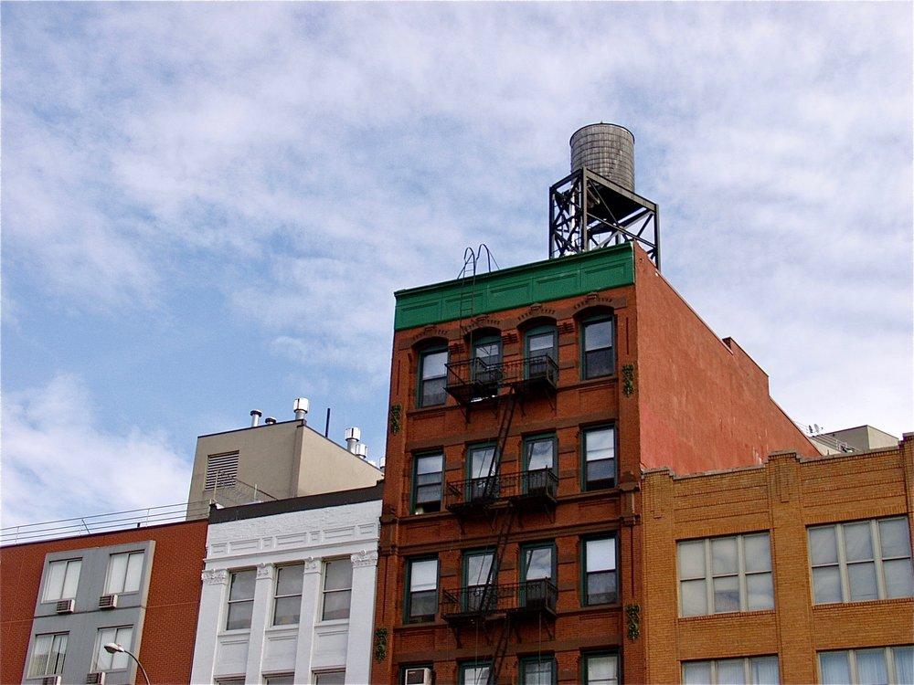 Platform Tank (New York), photograph, 2006
