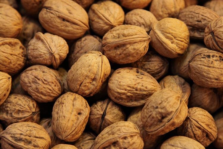 Walnuts,_Mercado_La_Boquería.jpg
