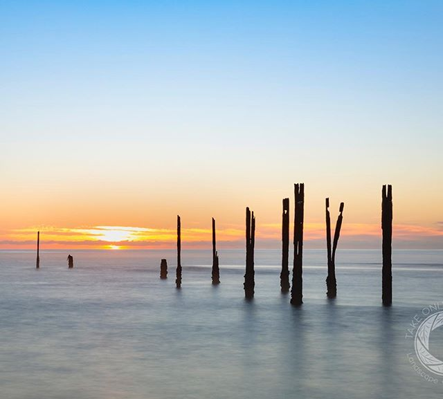Sunrise at the old Onekaka Wharf is always a good start to the day. #hpow #bestnewzealand #nztravelreview #destinationnz #nelsonshines #nisifiltersanz