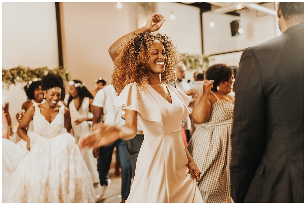 brooklyn-boho-wedding-photographer-dobbin-street-35.JPG
