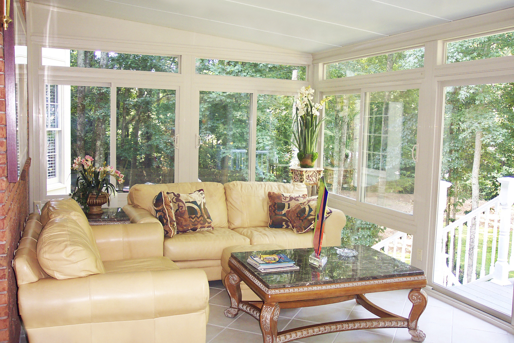 Indoor-Sunroom-Furniture-Ideas.jpg