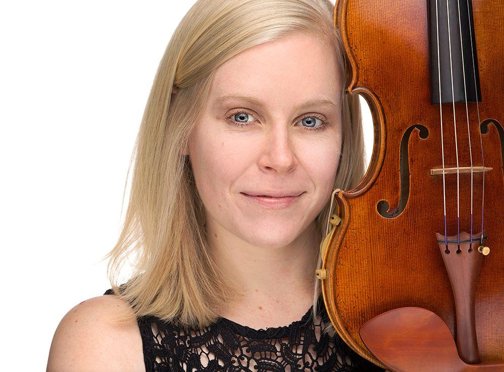 Angela Kratchmer (viola).jpg