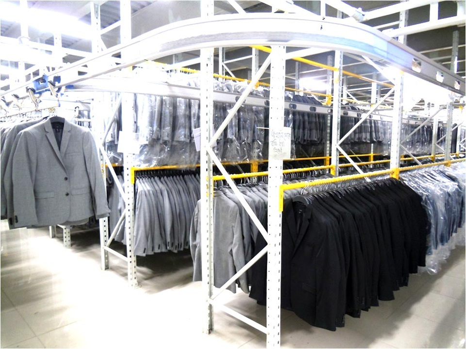 UML suits.jpg
