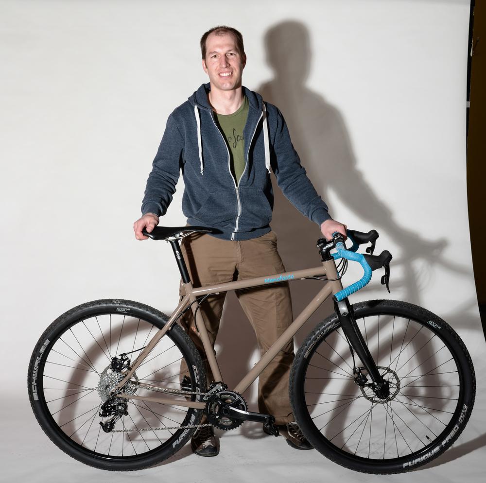 Bernhard Leu mit Bikecross (Fotos: Billy Bühler)
