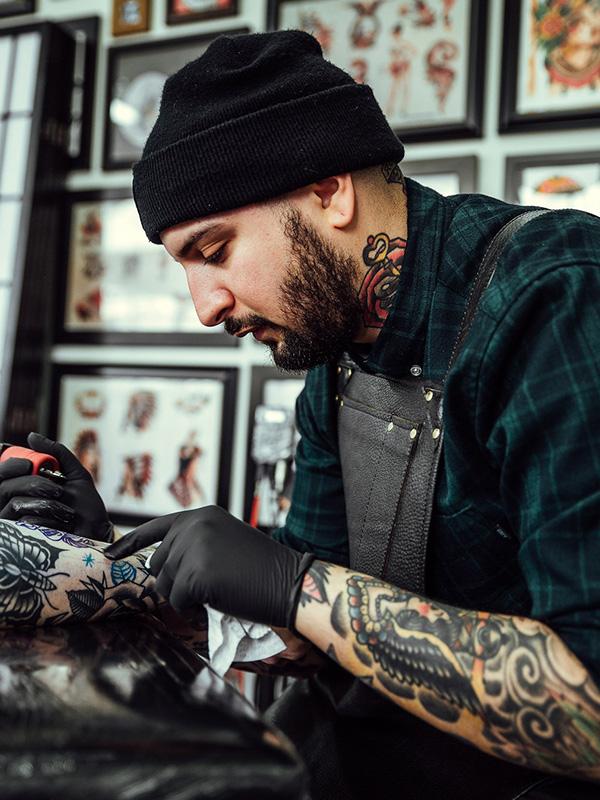 779fdbed9 Man's Ruin Tattoo in St Kilda, home of Melbourne's best tattoo artists.  Man's Ruin