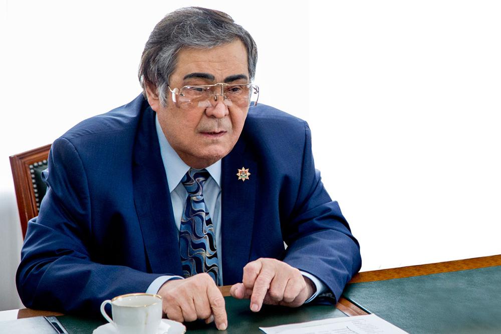 Аман Тулеев, губернатор Кемеровской области
