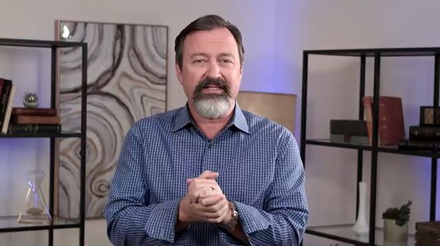Here is a video taken from the new eCourse that launches tomorrow.🔥     Swipe to the right and watch the full 4 minute clip from the new course, Successful Confrontation.♥️♥️♥️ I can't wait until you guys can watch the full course... TOMORROW! —— This clip is taken from the 4th session, Owning the Goal of Connection. —— #successfulconfrontation #lovingonpurpose #kylo #connection #relationships #lifeacademy