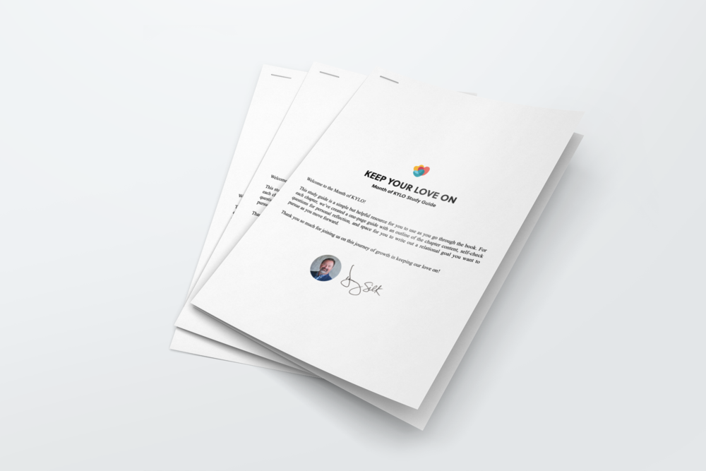 Stapled_Paper_Mockup_02.png