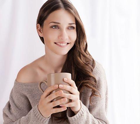 Доброе утро! Просыпаться легко, оставаться здоровой и красивой женщиной, насыщать кожу витаминами - проще, когда вы заботитесь о своём организме. 🌿Антиоксидантная формула наших продуктов поможет бороться с оксидативным стрессом, вызывающим преждевременное старение. Просто и легко возьмите за правило: принимать антиоксиданты ежедневно🌿 клинически доказано: • замедляет процессы старения на клеточном уровне • сохраняет упругость кожных покровов • защищает кожу от ультрафиолетовых лучей • нормализует синтез коллагена и эластина • насыщает кожу витаминами, макро и микроэлементами • обеспечивает здоровье волос и ногтей #кедровитинрф #дквитин #иркутск #антиоксидант #здоровоепитание #зож
