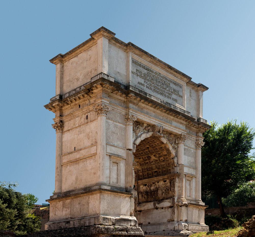 Arch_Titus,_Forum_Romanum,_Rome,_Italy.jpg