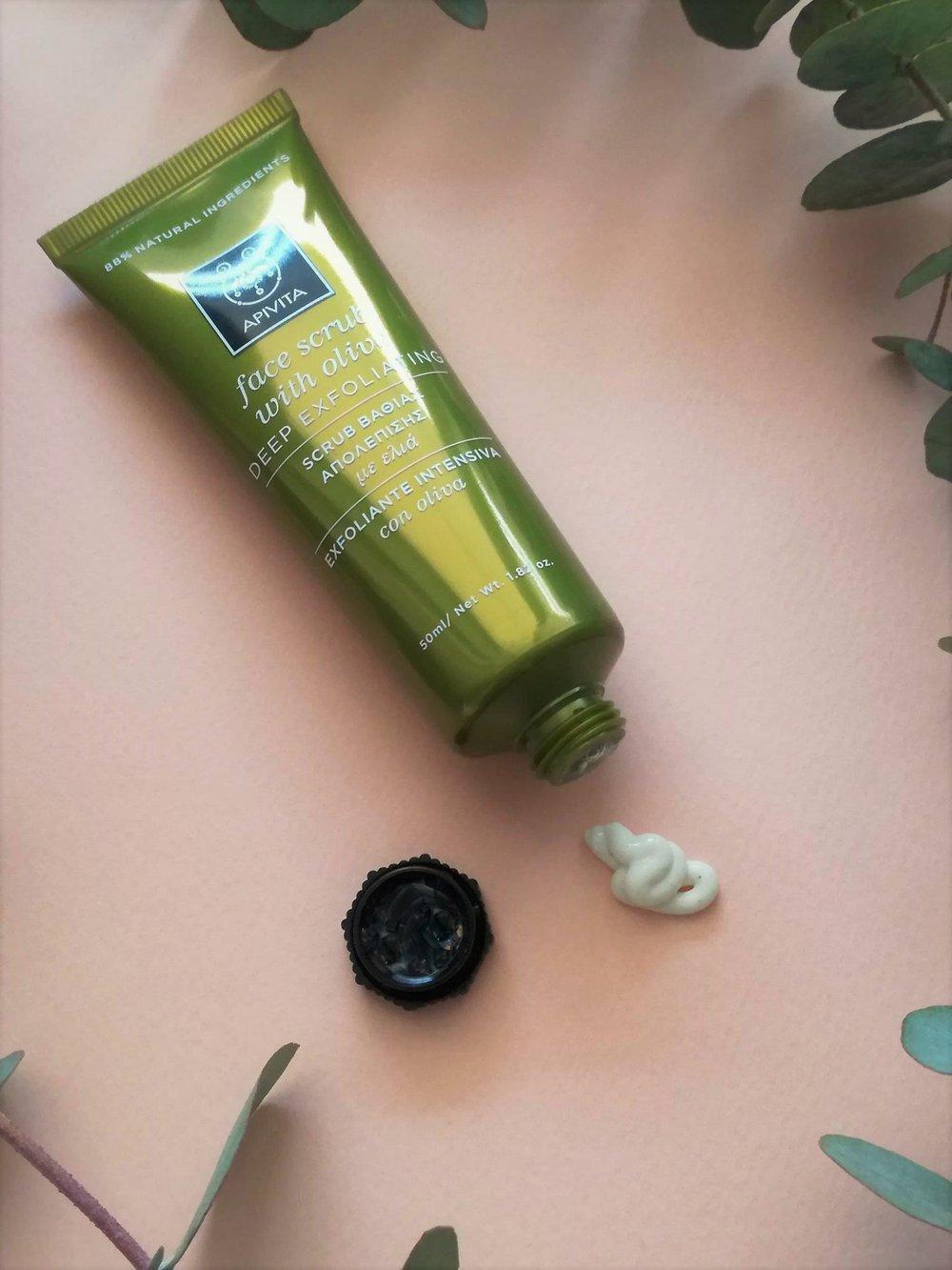 Apivita-olive-scrub-.jpg
