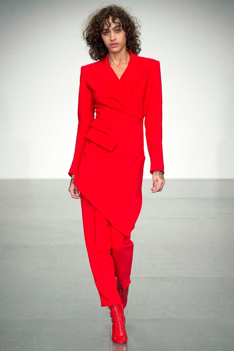 tomato red total look.jpg